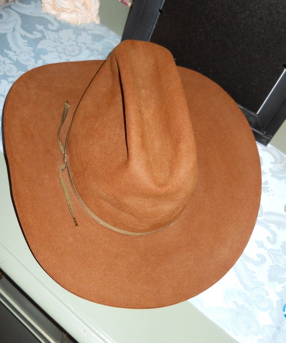 Reserved for Kim:Bailey's 5X Beaver Cinnamon Brown Cowboy Hat, Size 7 1/8