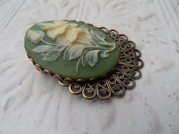 Floral Cameo Brooch // Cream and Fern Green // Large