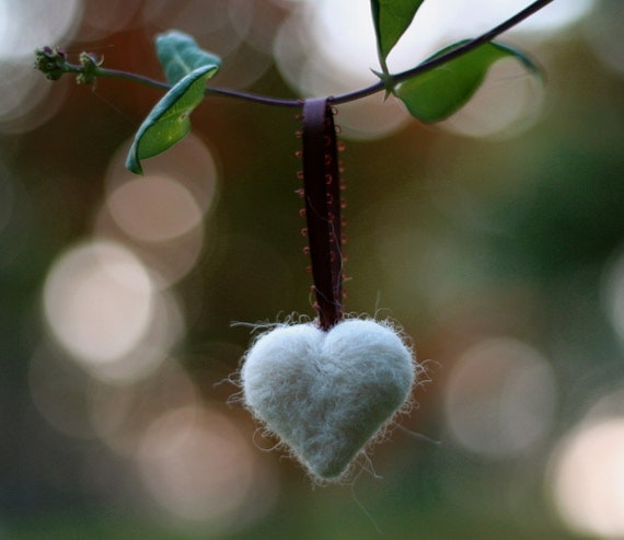 Holiday Heart Ornament in Natural White Needle Felted