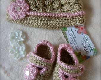 New Baby Girl gift set Pink- free gift wrapped and card