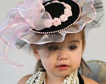 Baby Hat - Classic Pink and Black Fascinator for Babies and Little Girls - great photo prop