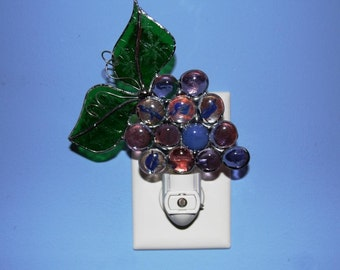Night Light Stained Glass Purple Grape Cluster with Textured Green Leaves