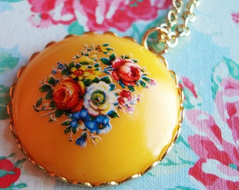 Nostalgic Posy, Bright Sunshine Yellow, Vintage Acrylic Floral Cabochon, on a Gold Plated Chain, Red Roses, Blue Flowers
