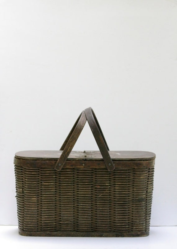 Vintage Insulated Tin & Wicker Picnic Basket