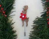 Rudy Flower  5 -Rudolph the Red Nosed Reindeer wooden pin