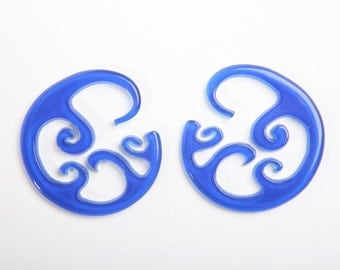 Blue and White Wave Hoops 8ga (3mm)
