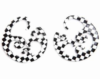 Black and White Checkerboard Wave Hoops 8ga