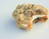 Chocolatie Chip Buttercreme Cookie-Wiches-1/2 Dozen