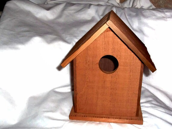 Cedar Bird House - Handmade Cedar Bird house