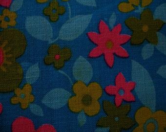 Bright Vintage 60's 70's Schwartz Liebman Textiles Floral Cotton Material 1 yd