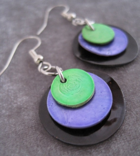 Circles - Black Purple Green Shell Dangle Earrings