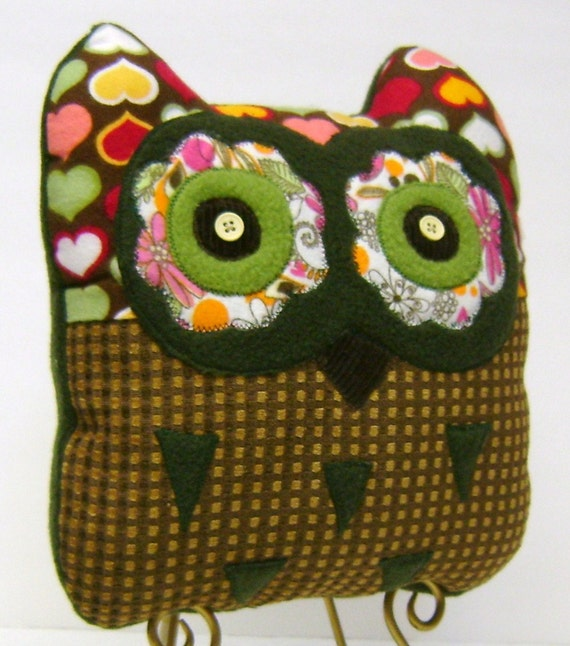 Multi Color Heart Print Child /Travel Size Owl pillow