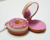 Pocket Mirror - Strawberry iced Doughnut
