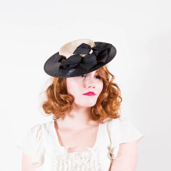 vintage 1940s hat / tilt hat / New York Creations