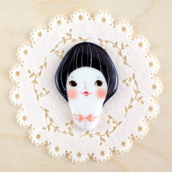 minini hand painted porcelain brooch pin or magnet by min lee 12044
