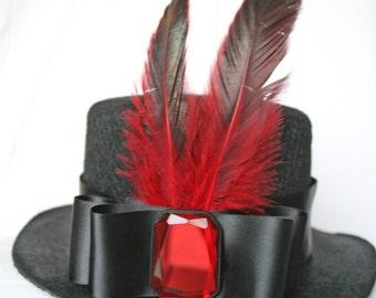 Mini Top Hat -- Be My Red Gem