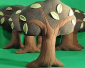 Huggable Tree with cute leaf accents