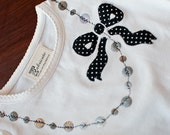 Bow Necklace T-shirt