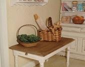 kitchen table dollhouses