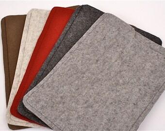 iPad mini, Kindle, Kindle 3, Kindle Fire Wool Felt Case in Granite