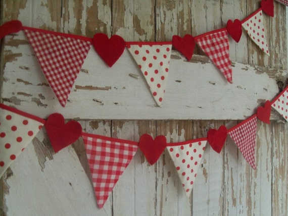 PARTY Banner Garland HEART  Decor  fabric flags Shabby Cottage style