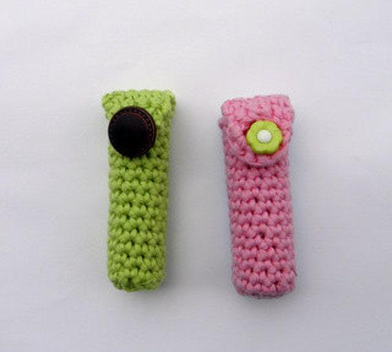 PDF crochet pattern - Lip balm keychain holder - DIY tutorial  - Quick and easy