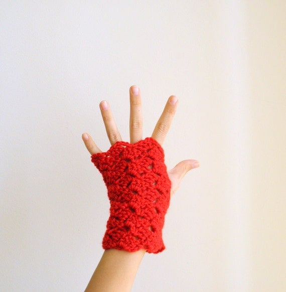 PDF crochet pattern Fingerless mittens / gloves / armwarmers - DIY tutorial - Quick and easy gift