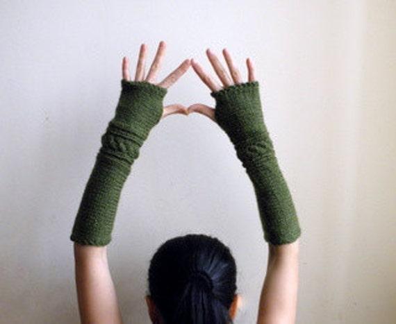 Fingerless Gloves Mittens long Wrist Warmers Arm warmers Mittens textured green braid fine knit