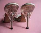 Vintage 1950s Rhinestone Springolators Lucite Carved Peep Toe High Heel Wedding Shoes Size 7.5