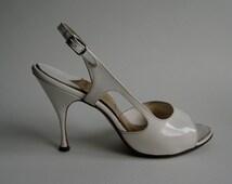 Vintage 1950s Wedding Shoes - White Peep Toe Stiletto - Bridal Fashions Size 6