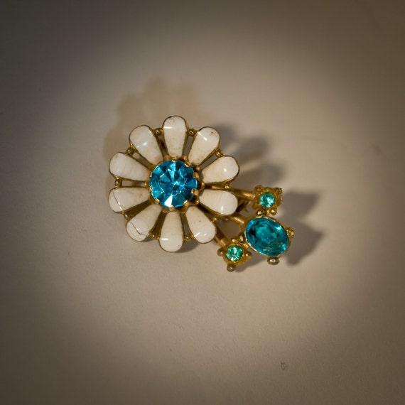 Vintage Coro Brooch 1950s White Enamel Blue Rhinestone Pin 1960s