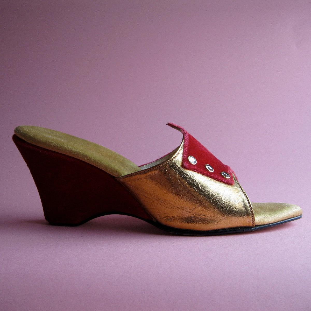 Vintage 1950s red velvet shoe wedding bedroom slippers gold - Ladies bedroom slippers with heel ...