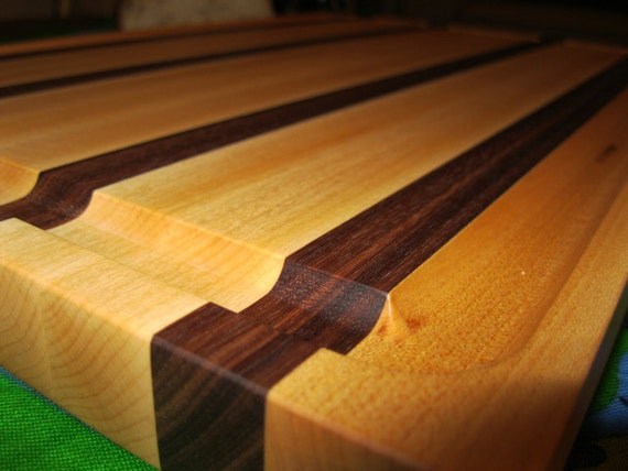 Large Edge Grain Cutting Board