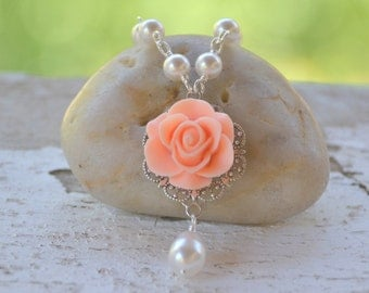 Bridesmaid Jewelry. Wedding Party Gifts.  Peach Rose Bridesmaid Pearl Necklace with White Swarovski Teardrop Pearl.