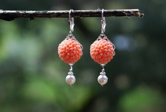 35 Percent OFF SALE SALE Peach and Pearl Mum Cabochon Earrings in Silver