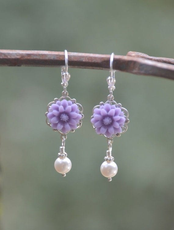 Lavender Daisy and White Pearl Dangle Earrings