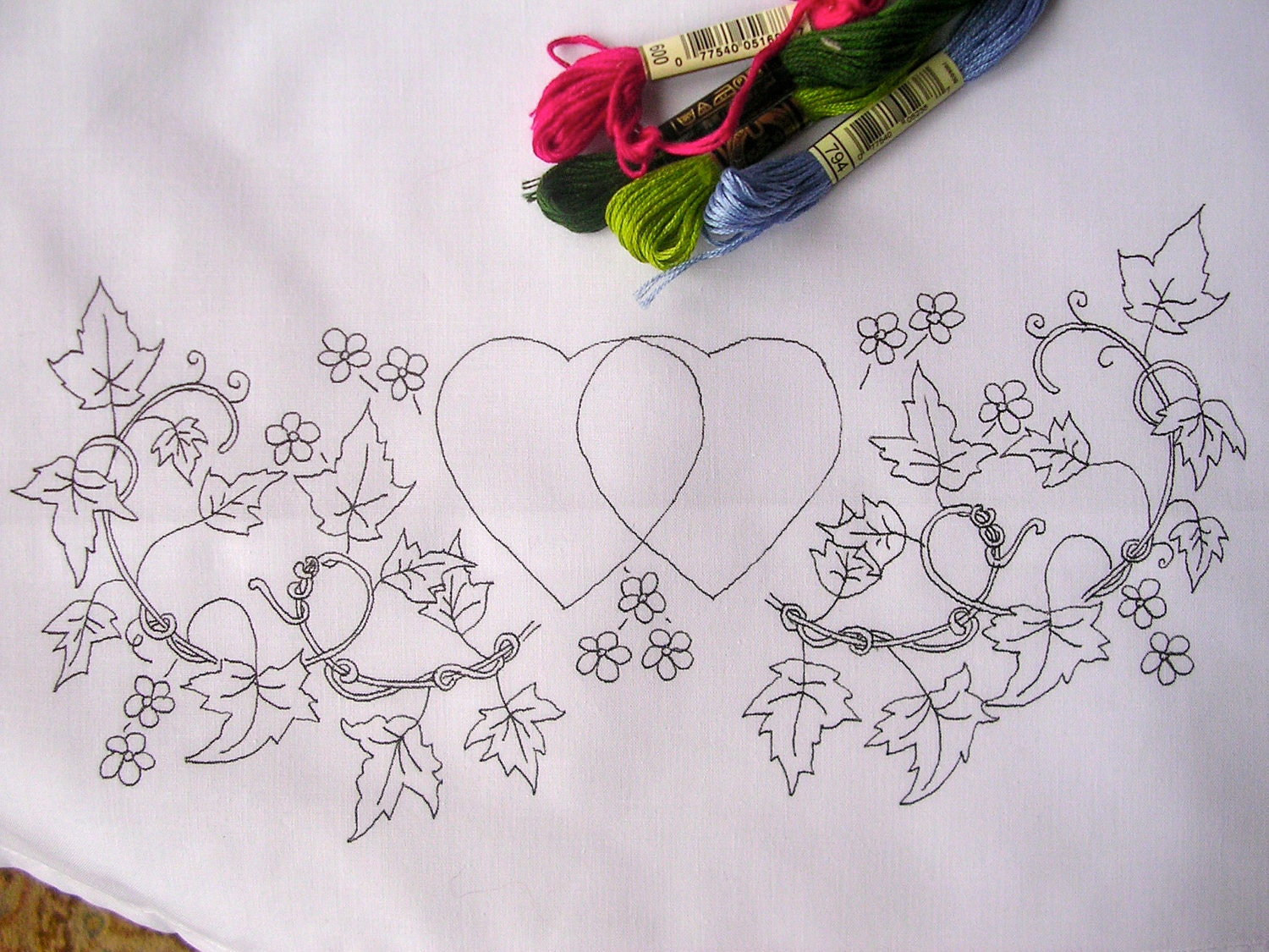 Pillow Hand Embroidery Designs: Pillow Cases with hearts & flowers Embroidery Design,