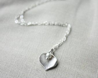 Silver Calla Lily Pendant Necklace