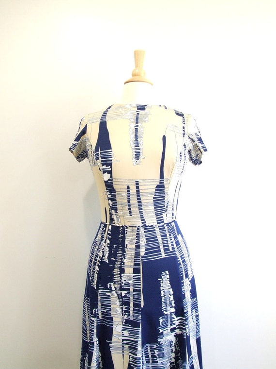 Vintage Day Dress Abstract Print Dress with Short Sleeves - S/M