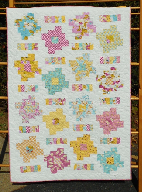 layer cake quilt patterns baby quilt pattern layer cake and honey bun friendly 5430