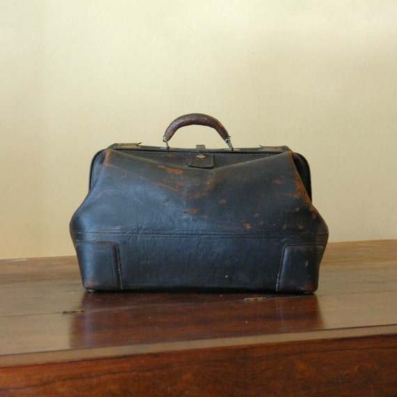 Antique Doctors Bag // LIKLY Carrier Case // Turn of the Century