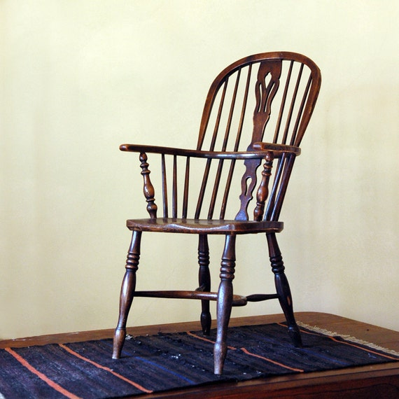 Antique Windsor Sack Back Chair // The Classic