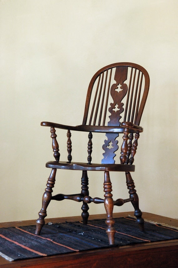 Antique Windsor Sack Back Chair // The Granddad