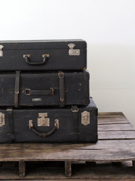 Black Leather Luggage // Antique Leather Suitcase