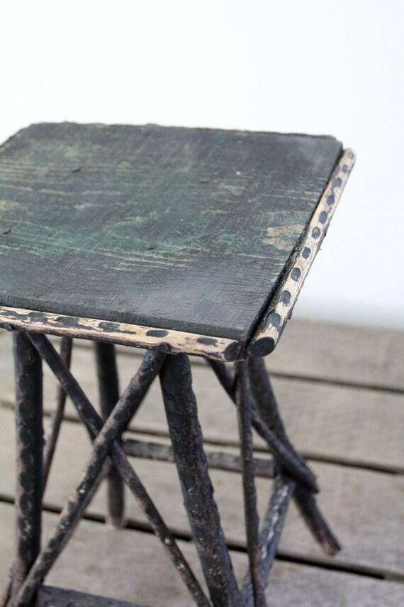 Folk Art Table / Antique Wood End Table