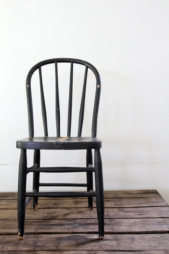 Black Wood Chair // Antique Spindle Chair
