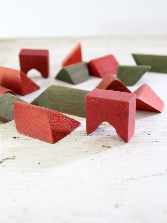 Vintage Toy Blocks // Red & Green // 1950s Wood Blocks