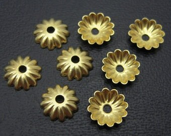 24 pcs Vintage Flower Bead Caps, Ruffled Unplated Brass Bead Caps, Small Daisy Bead Caps - 6mm