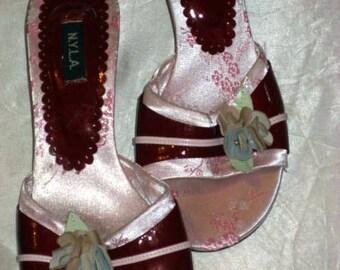 Adorable summer slings with kitten heel size 8