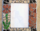 Glass Grouted Flower Design Picture Frame